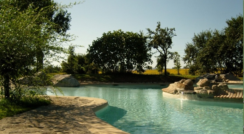 locanda pool2